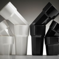 Reusable Black & White Plastic Tumblers