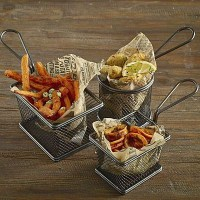 Fryer Baskets with liners and food