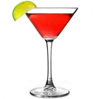 22cl Enoteca Martini Glass with drink and lime slice.